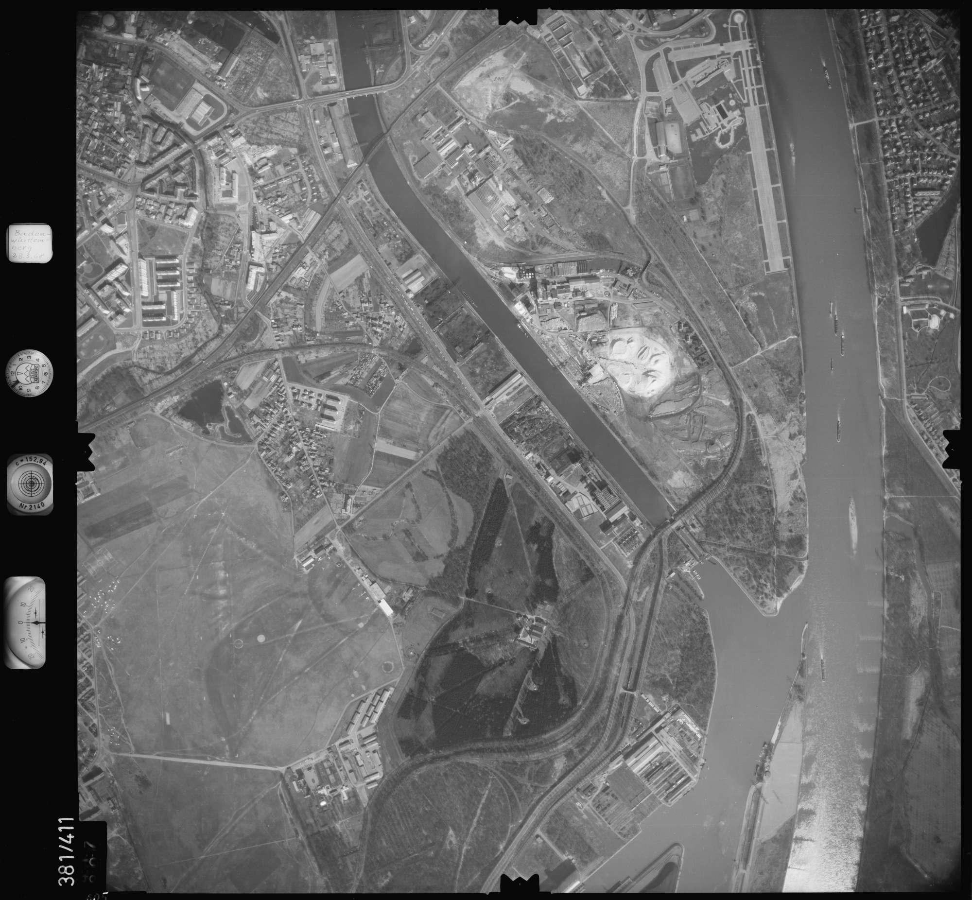 Luftbild: Film 24 Bildnr. 605, Bild 1
