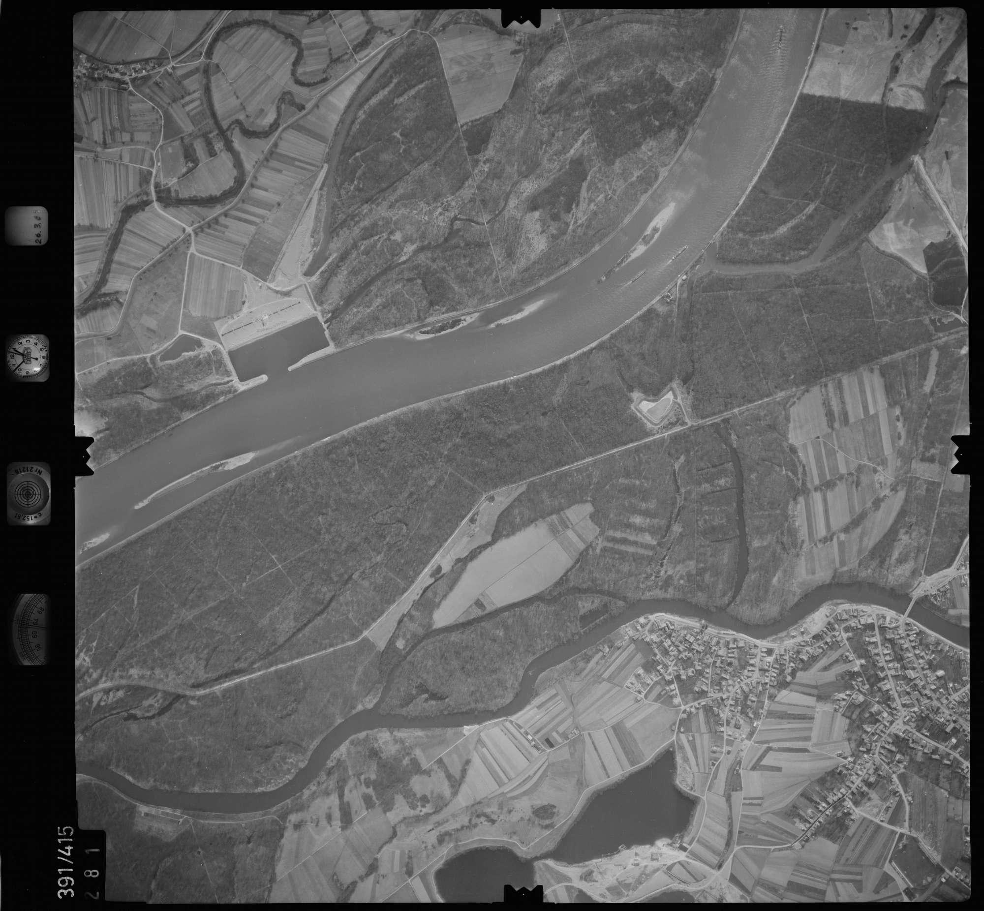 Luftbild: Film 19 Bildnr. 281, Bild 1