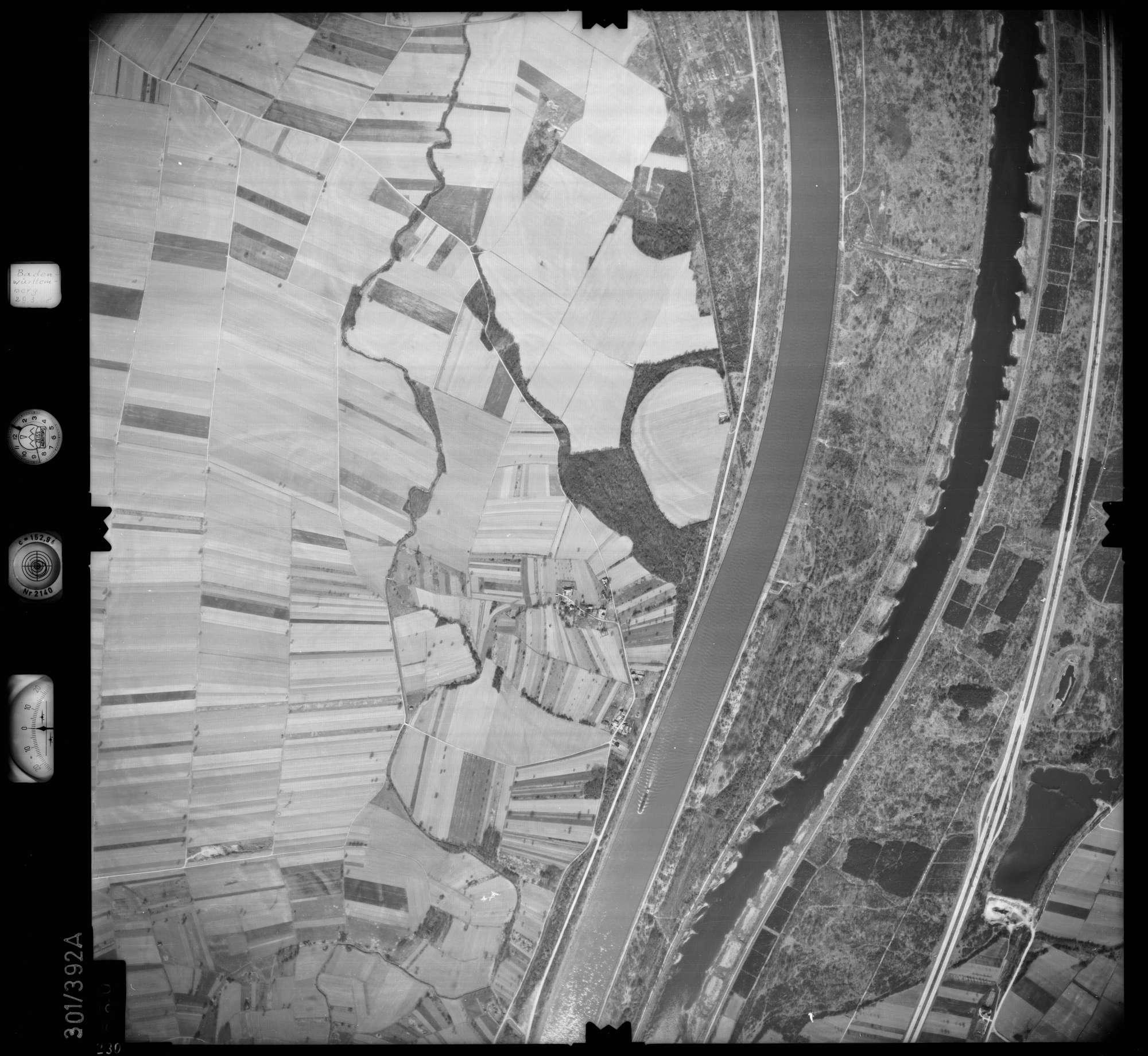 Luftbild: Film 54 Bildnr. 230, Bild 1