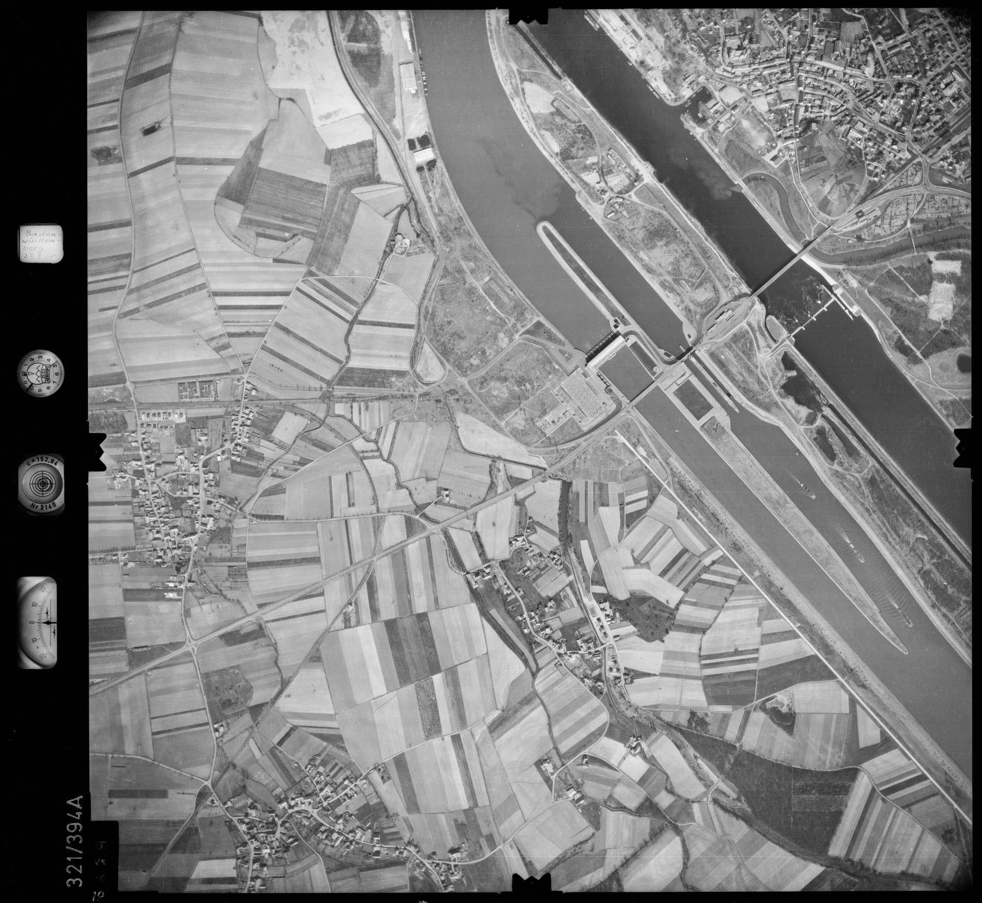 Luftbild: Film 54 Bildnr. 19, Bild 1