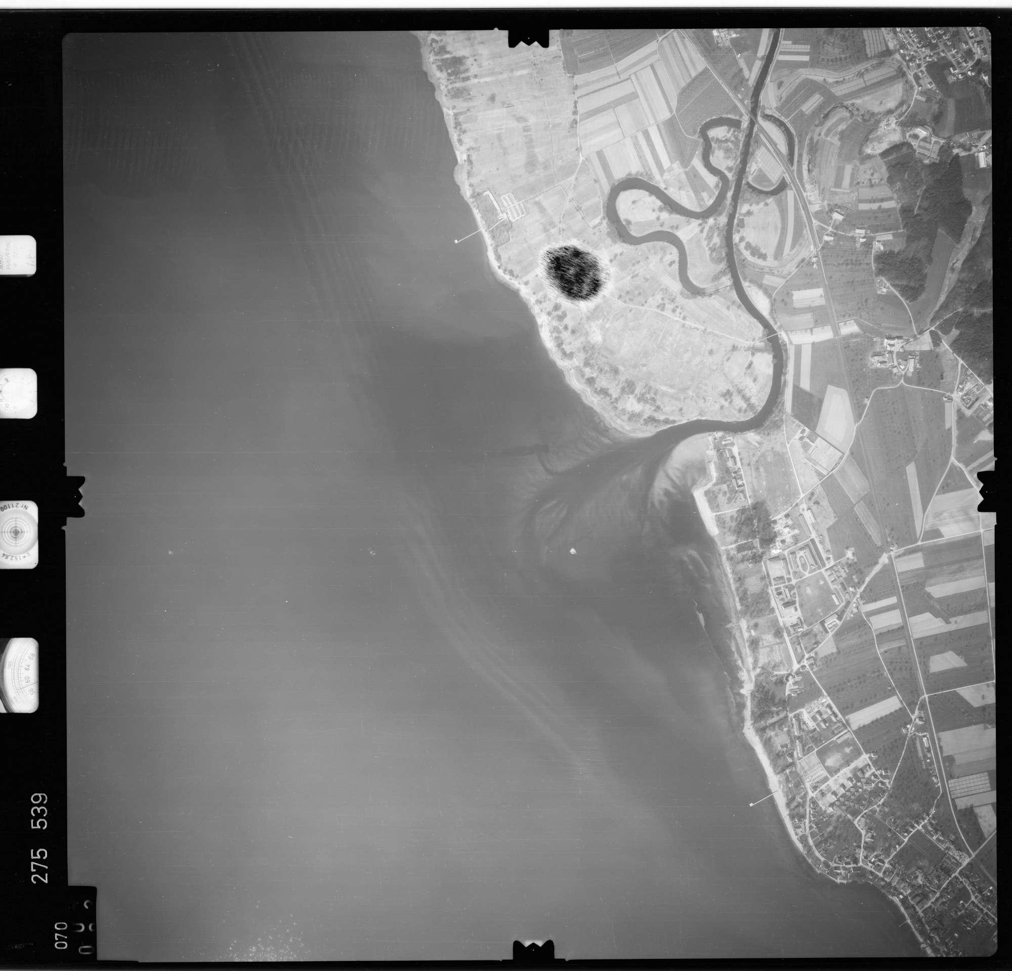 Luftbild: Film 74 Bildnr. 70, Bild 1