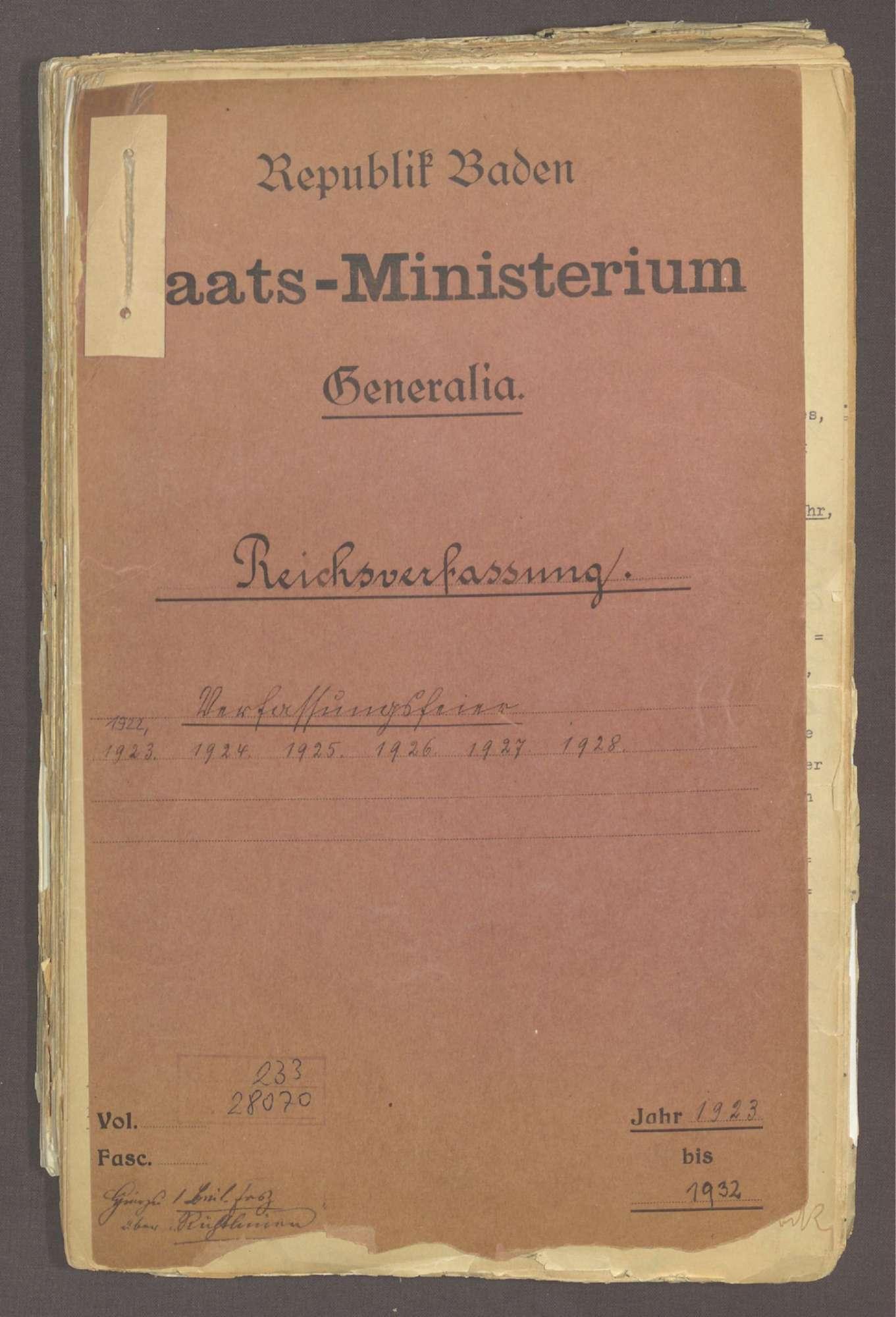 Verfassungsfeiern, Bild 1