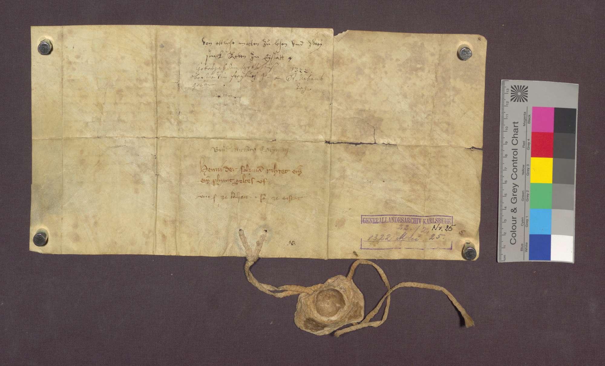 Johann der Salzman, Bürger zu Freiburg, schenkt den Wilhelmiten zu Freiburg zu einem Almosen für seinen dem Kloster angehörigen Bruder eine Matte zu Lehen und 2 Rebstücke zu Eichstetten, indem er sich und seinen Nachkommen dieselben gegen 1 Pfund Pfennige Zins zu Erblehen übertragen lässt., Bild 2