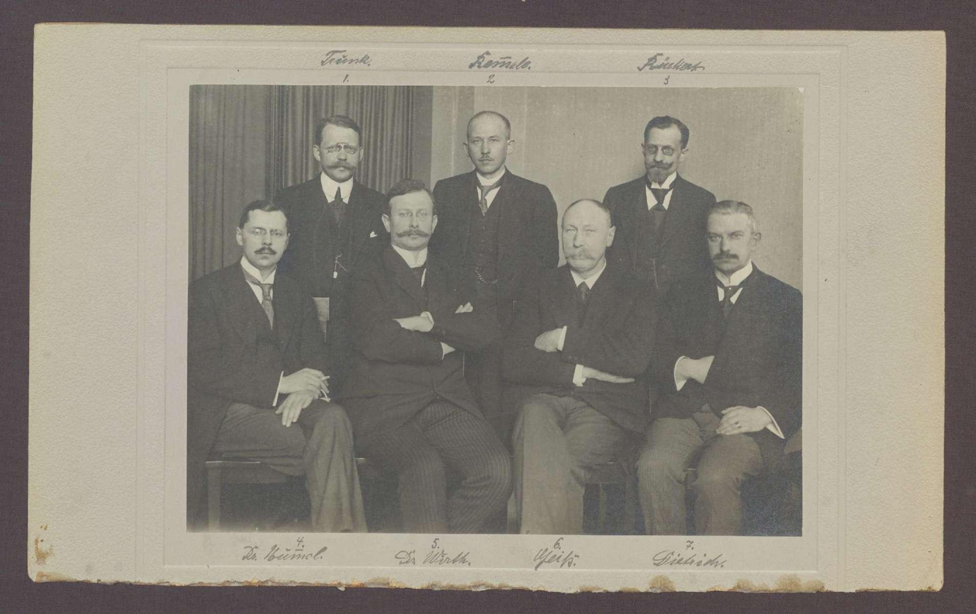 Mitglieder der Badischen Regierung (Gruppenbild), Bild 1