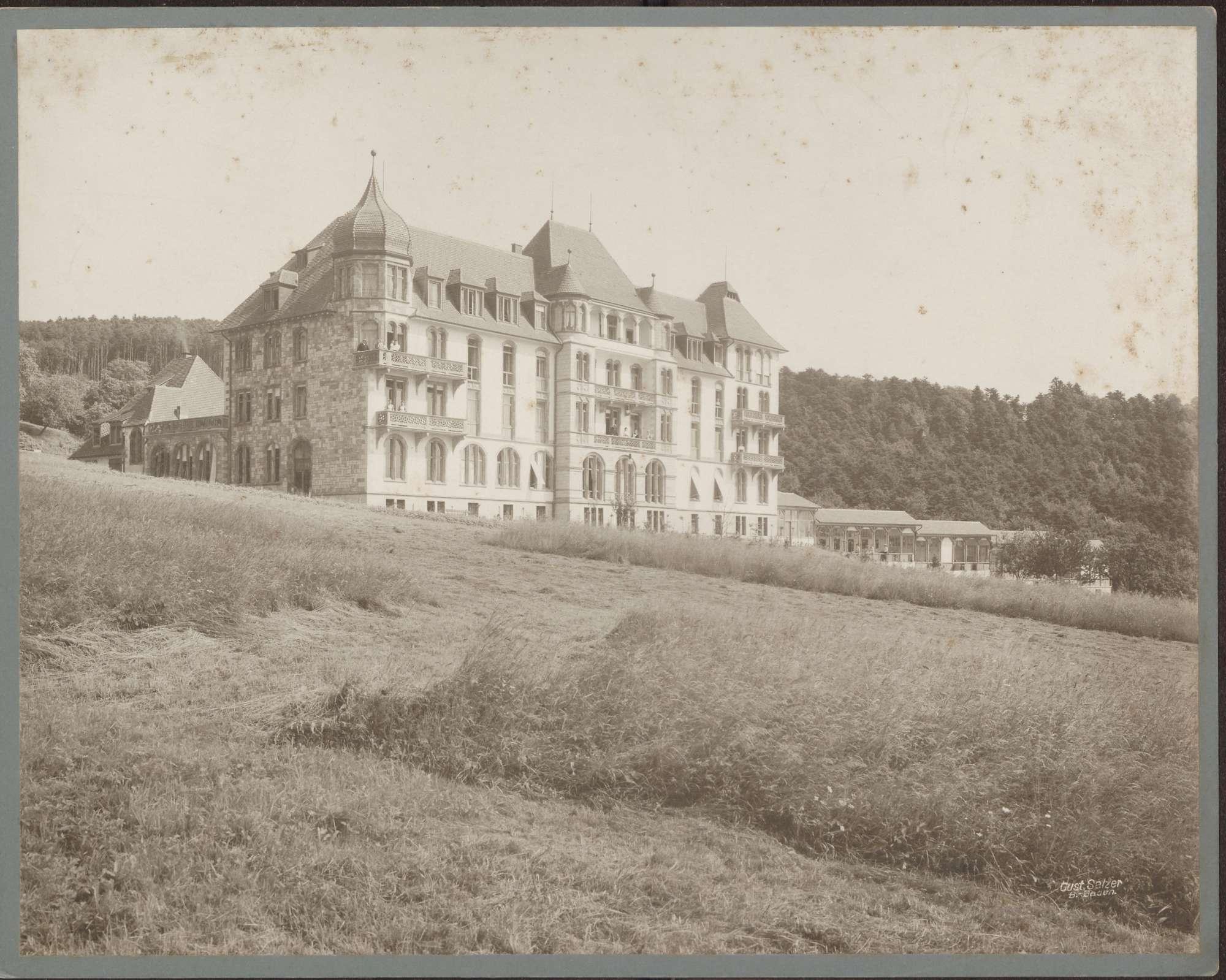 Baden-Baden, Ebersteinburg, Dr. Rumpfs Sanatorium, Liegehallen nach Süden., Bild 1