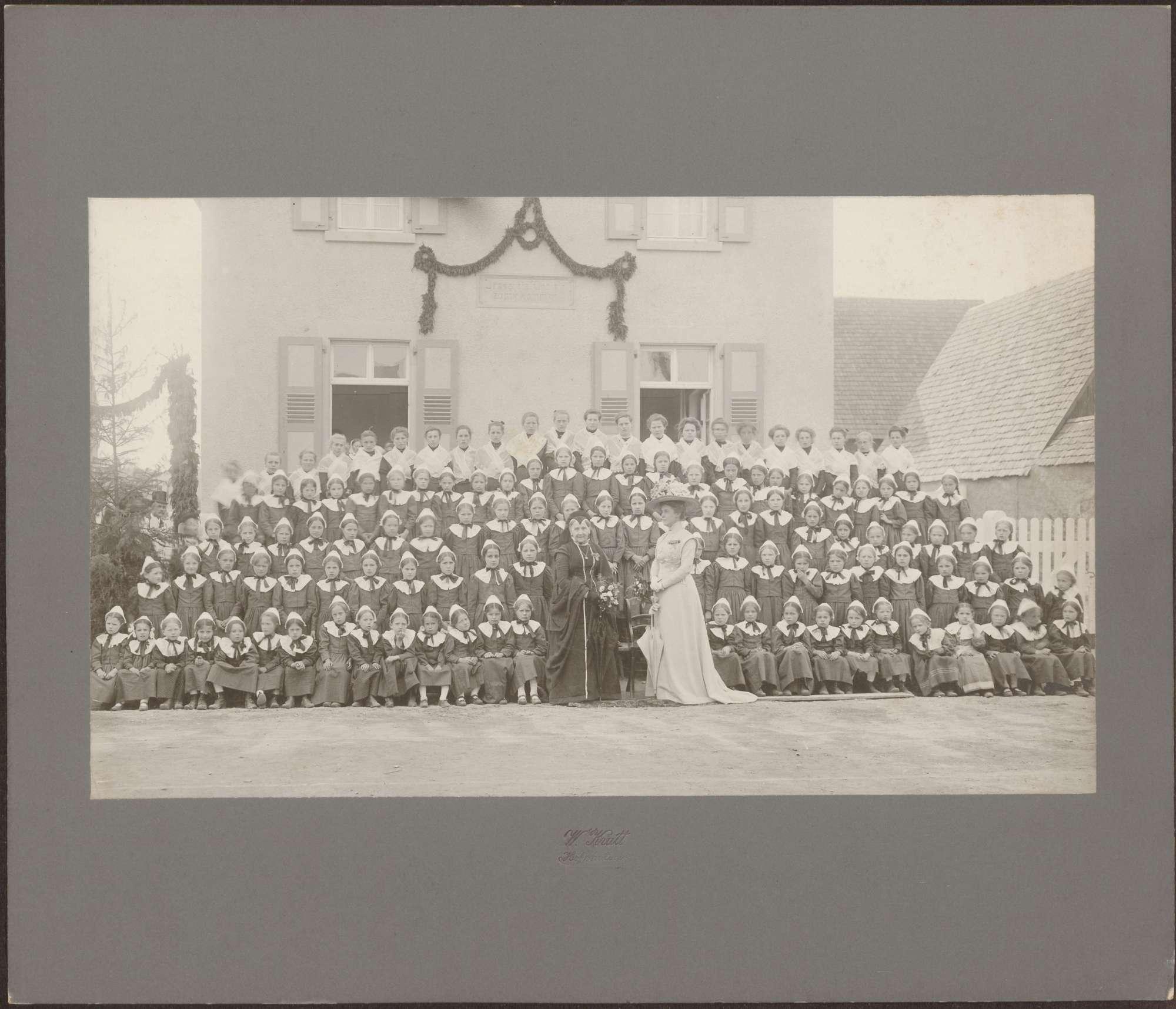 Besuch der Großherzoginnen Luise und Hilda., Bild 1