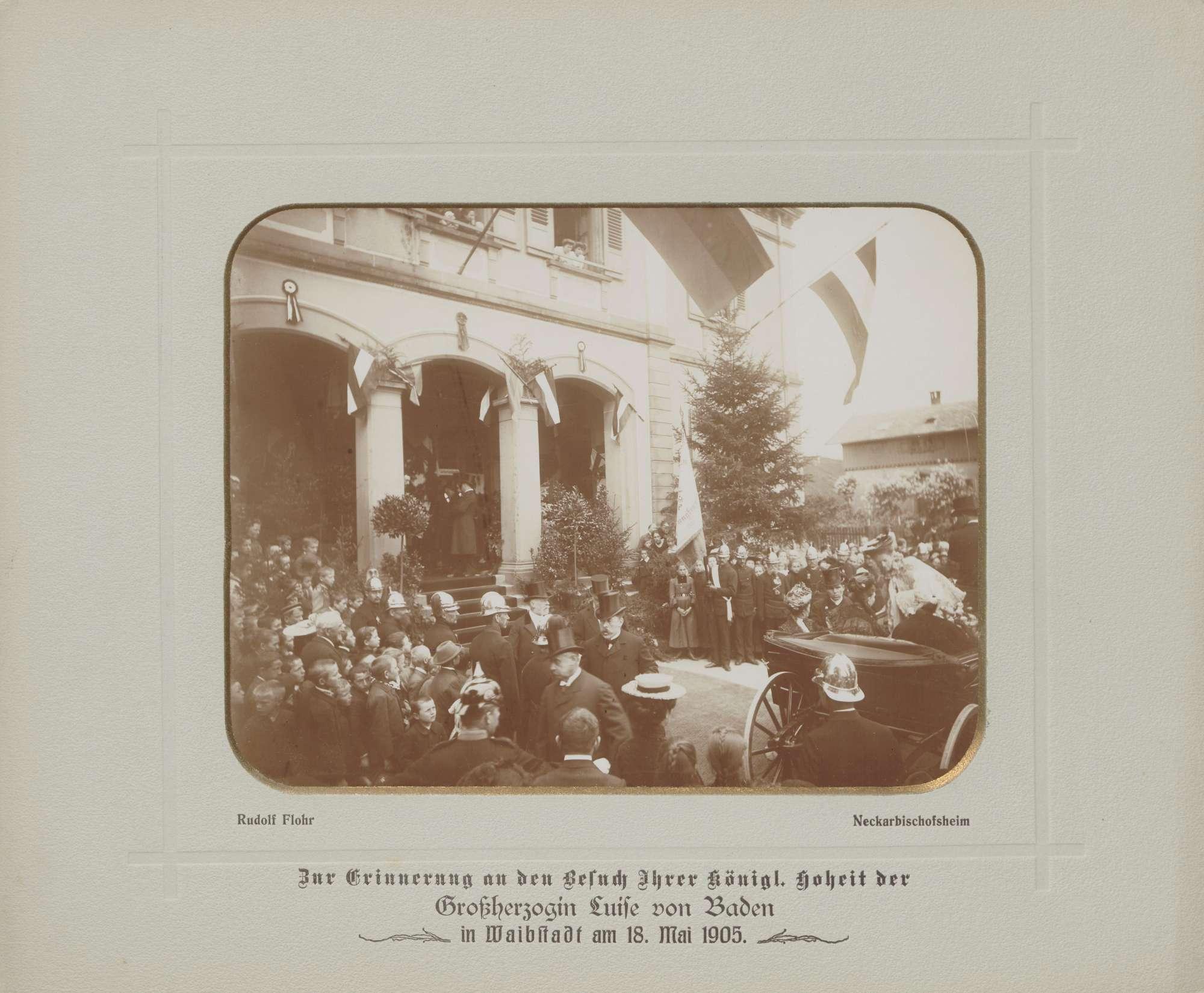 Waibstadt, Großherzogin Luise mit Hofdamen am Bahnhof., Bild 1