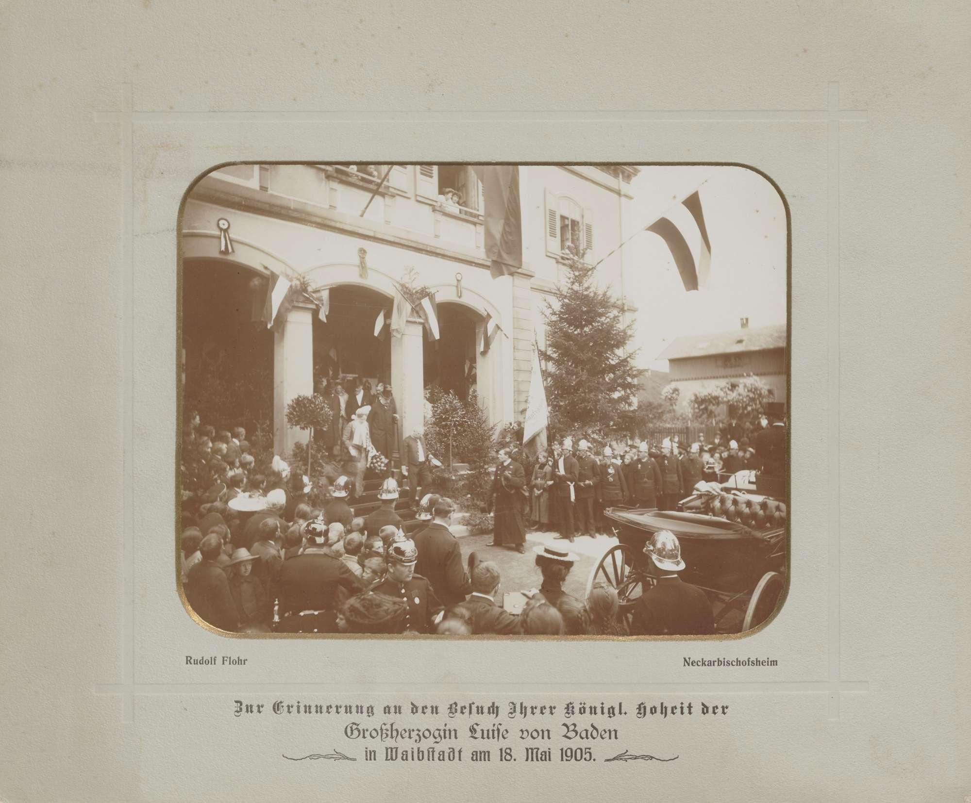 Waibstadt, Großherzogin Luise beim Verlassen des Bahnhofs., Bild 1