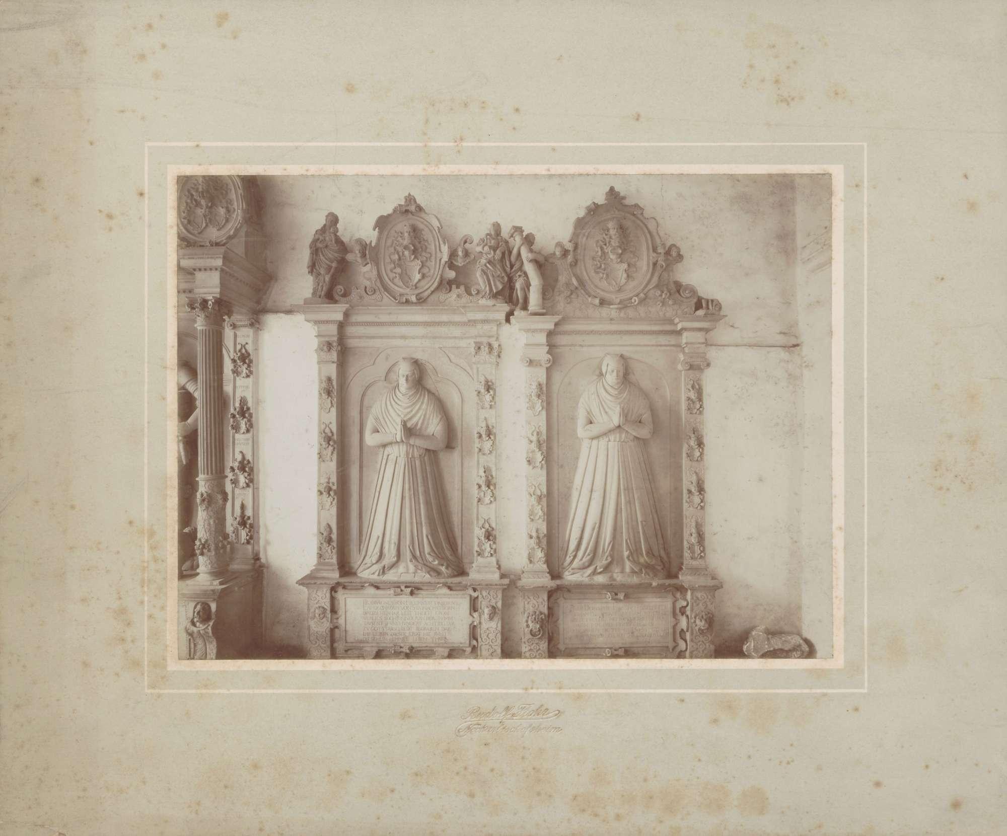Neckarbischofsheim, Totenkirche, Grabplatte Agnes und Dorothea von Helmstatt., Bild 1