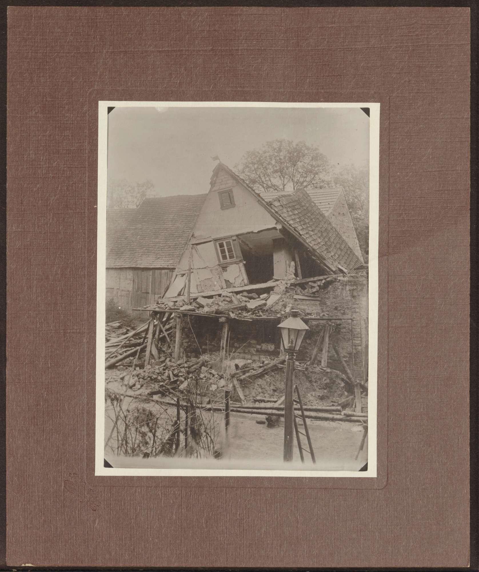 Tauberbischofsheim, Wohnhausruine., Bild 1