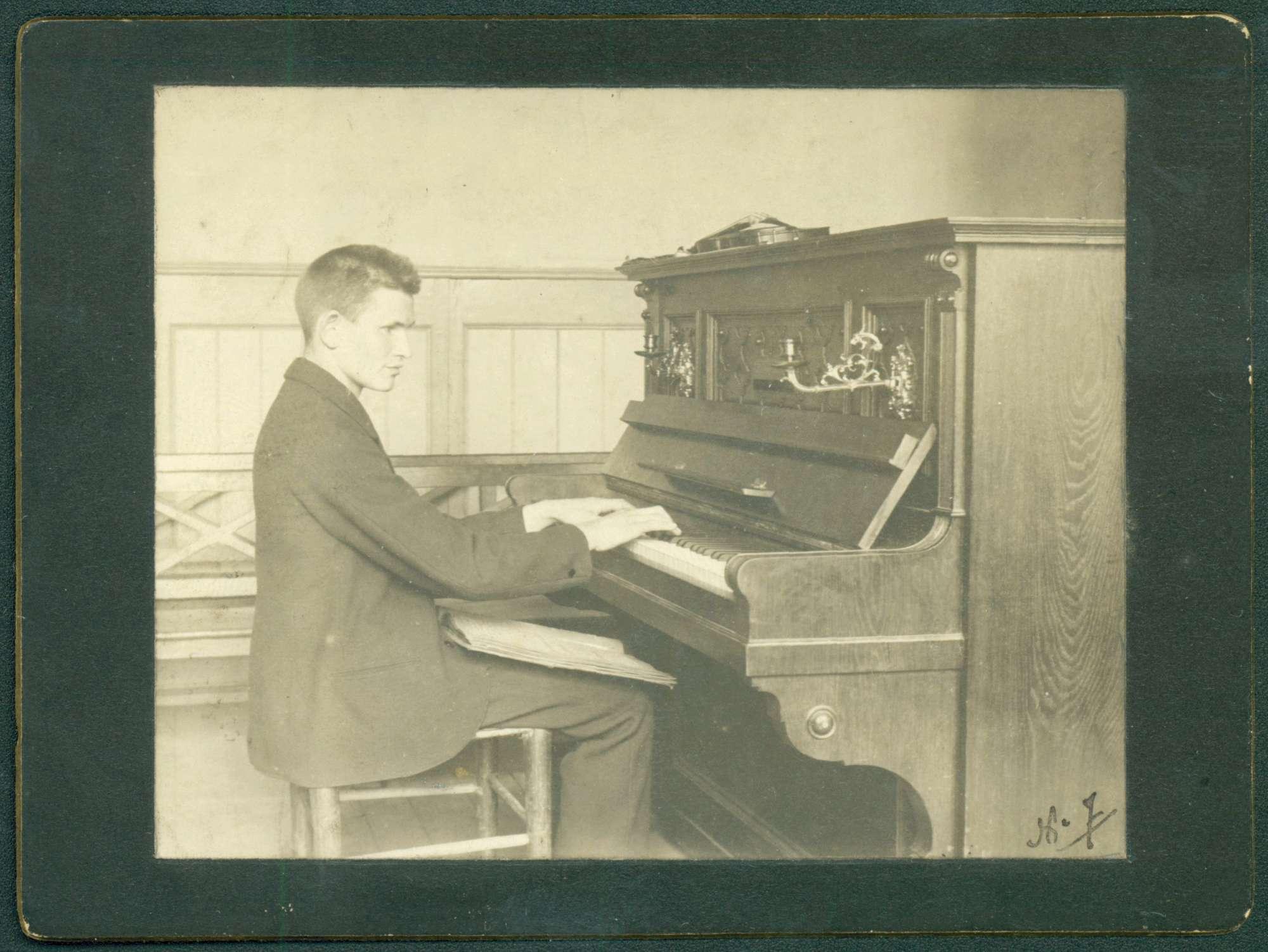 Klavierspieler., Bild 1