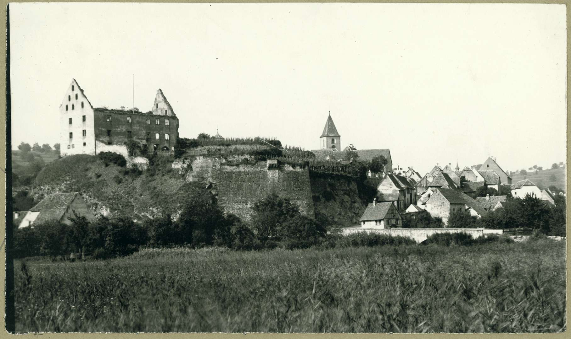 Burkheim, Bild 1