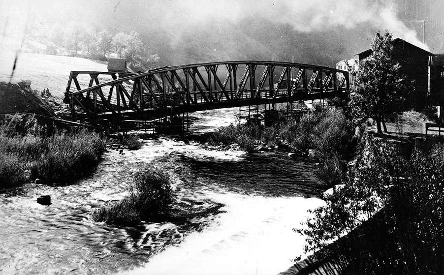[Gesprengte Weisenbachbrücke], Bild 1
