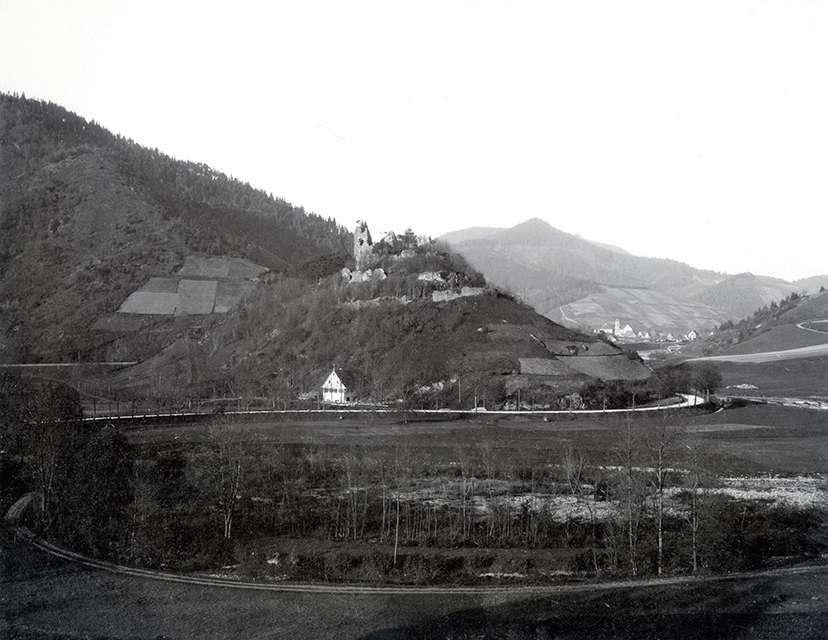 Burg Schenkenzell, Bild 1