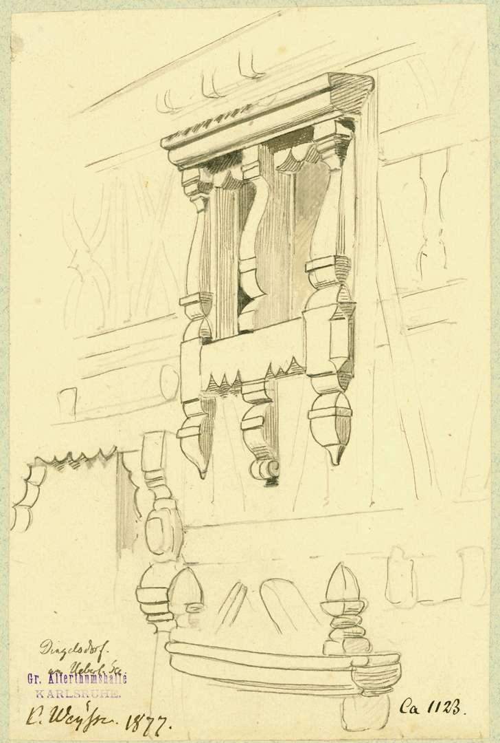 Dingelsdorf Fenster mit reich geschnitztem Holzrahmen, Bild 1