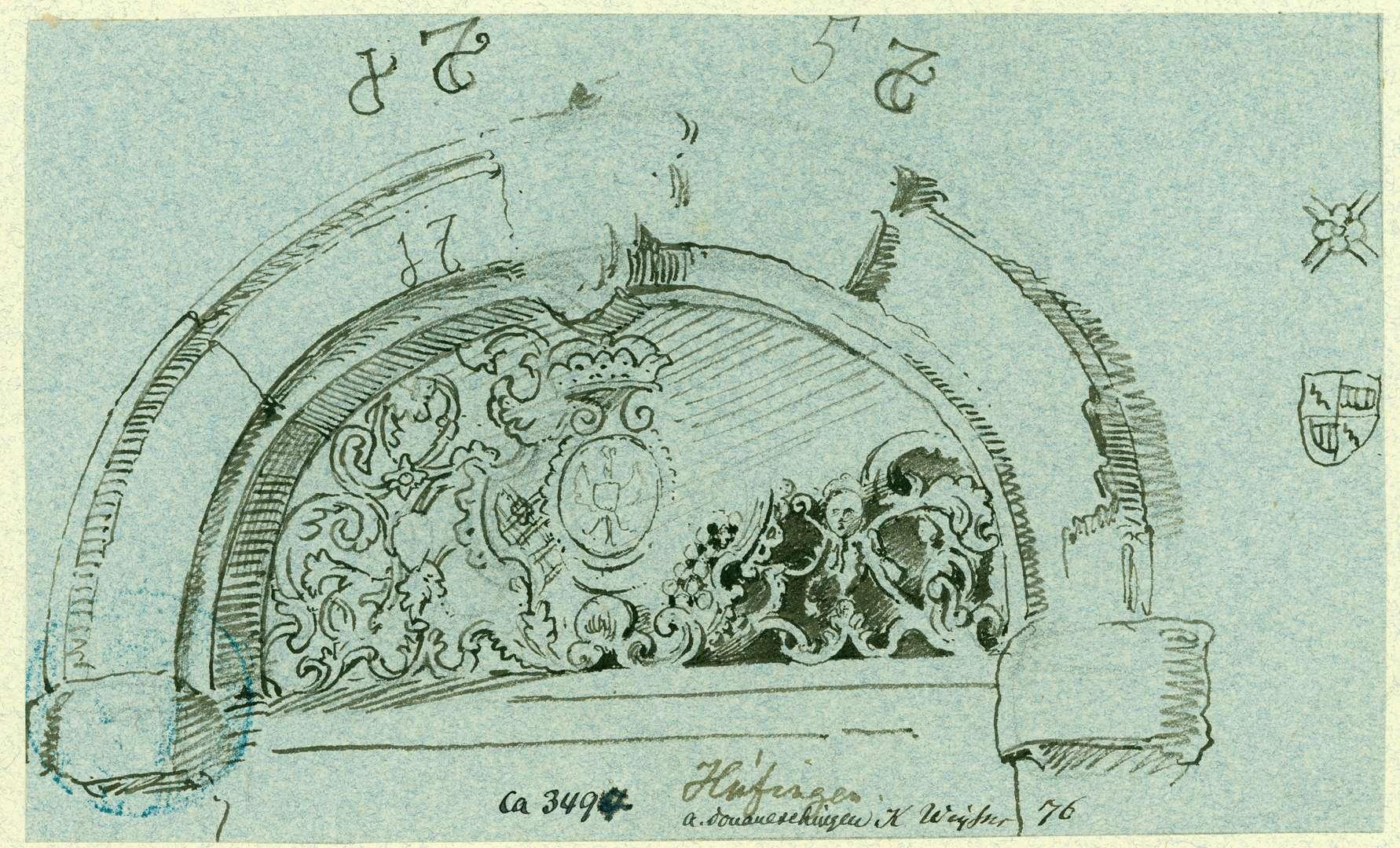 Hüfingen Tympanon mit schmiedeeisernem Gitter und Wappen, Bild 1