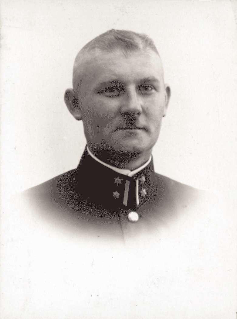 Oberleutnant Fuchs, Bild 1