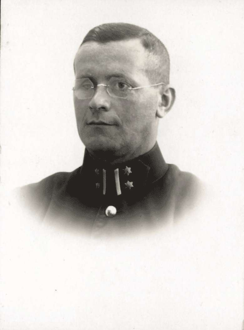 Oberleutnant Broß, Bild 1