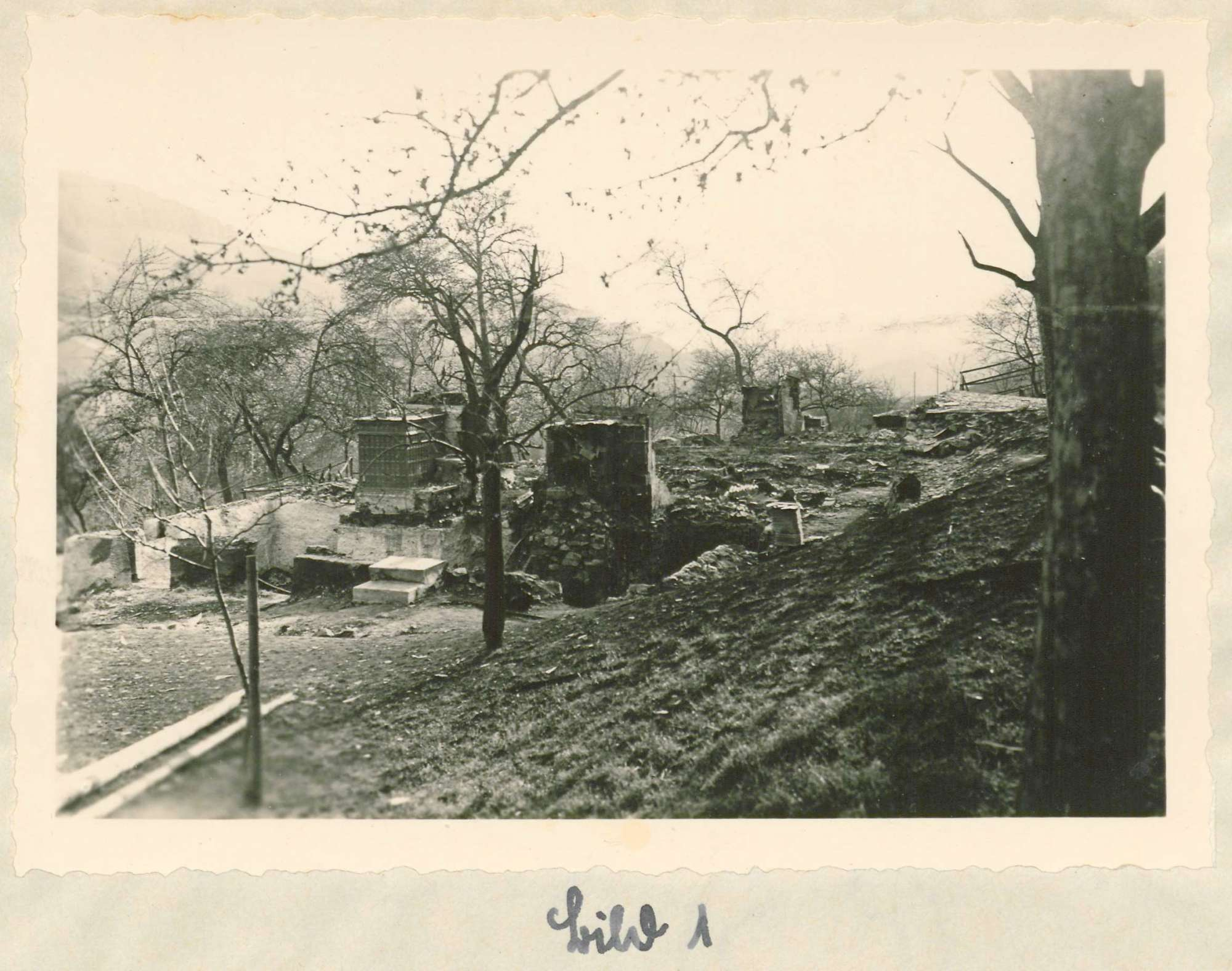 Arbeit des Hilfswerks Tunau nach dem Brand in Tunau vom 26.April 1936; Wiederaufbau des abgebrannten Ortes, Bild 2