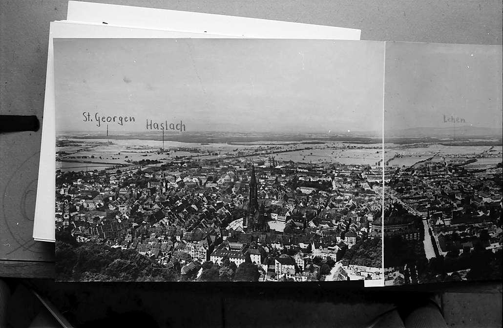 Freiburg i. Br.: Vom Schlossberg auf Münster, St. Georgen und Haslach, Bild 1