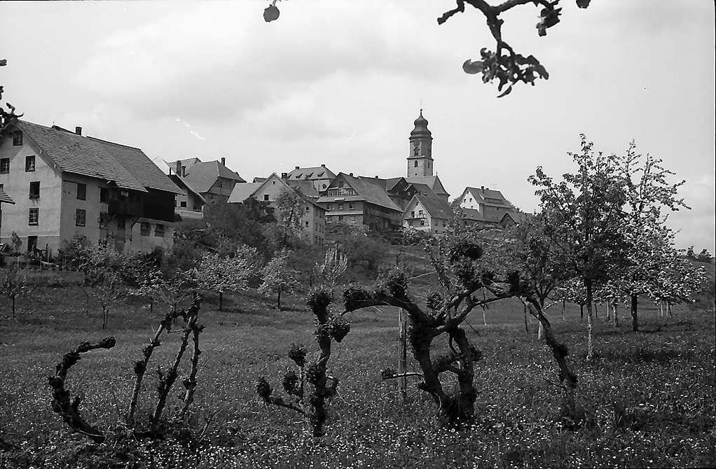 Dorf und Kirche Grafenhausen, Bild 1