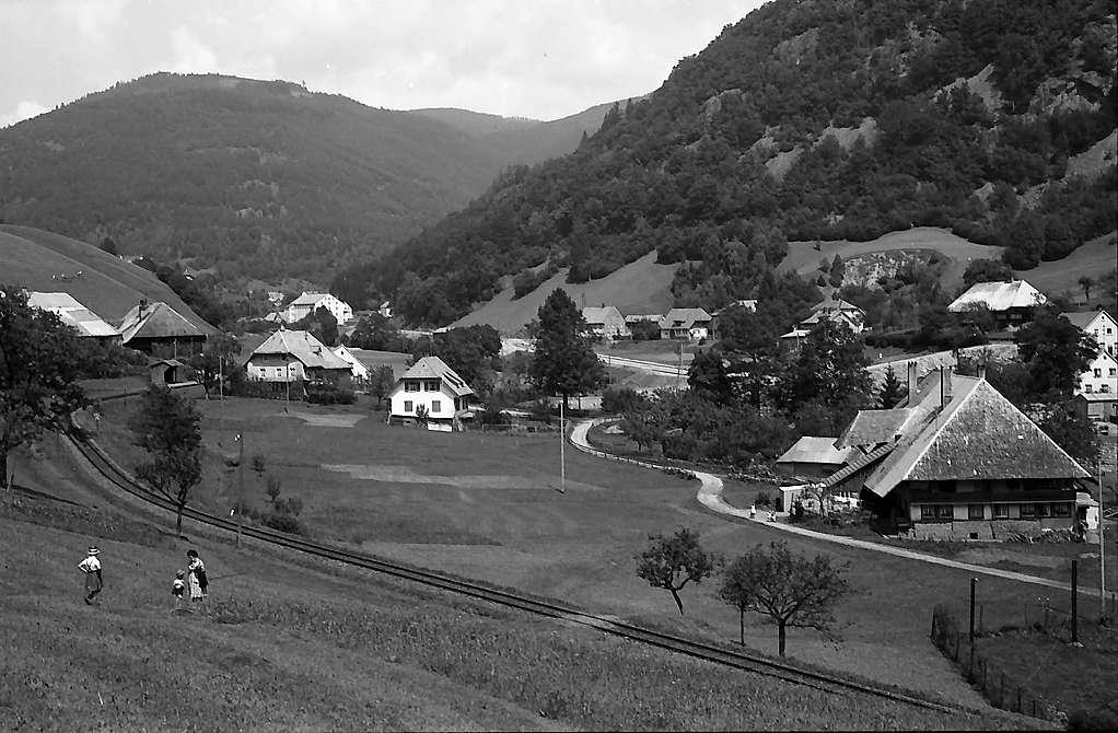 Bilck auf das Dorf Schlechtnau und das Wiesental, Bild 1