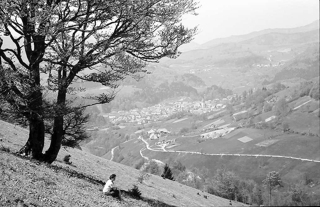 Hochtal mit dem Dorf Tunau mit Blick ins Wiesental, Bild 1