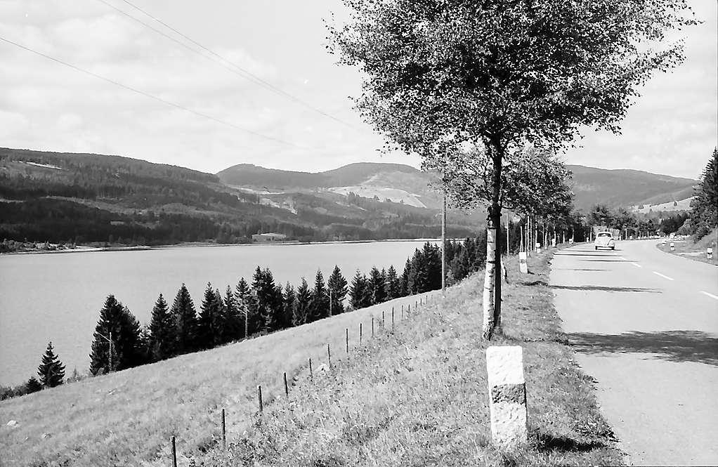 Straße am Schluchsee zwischen Aha und Schluchsee, Bild 1