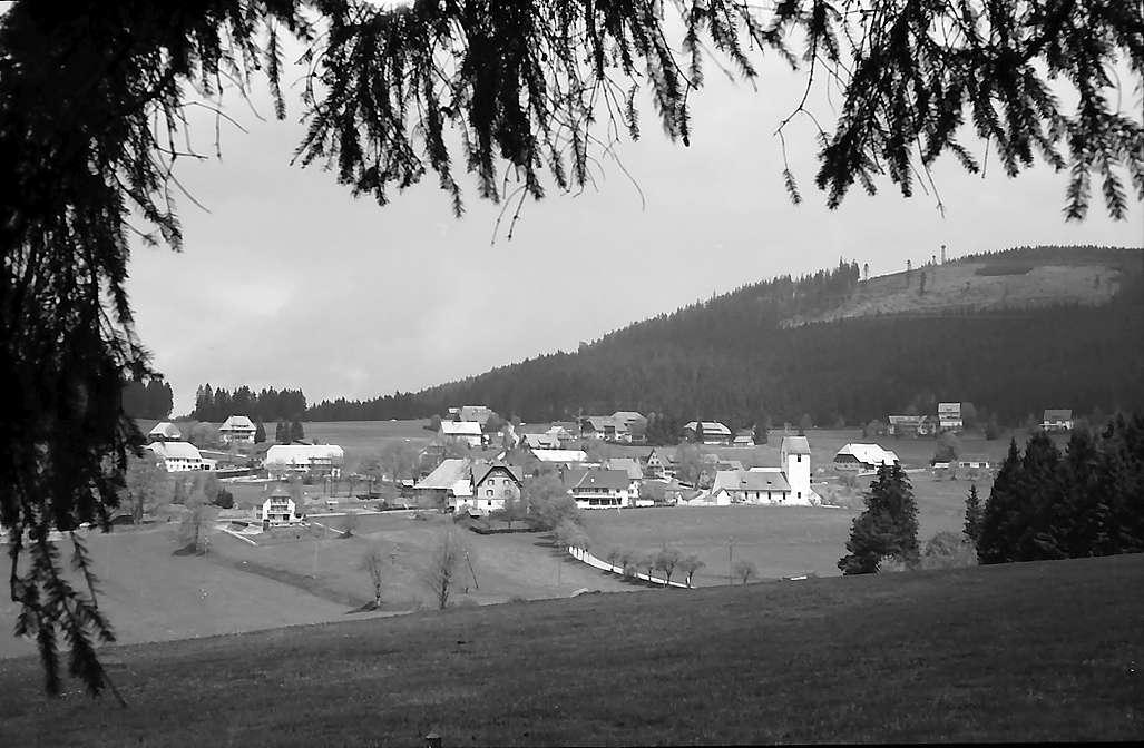 Blick auf Saig von der südlichen Höhe, Bild 1