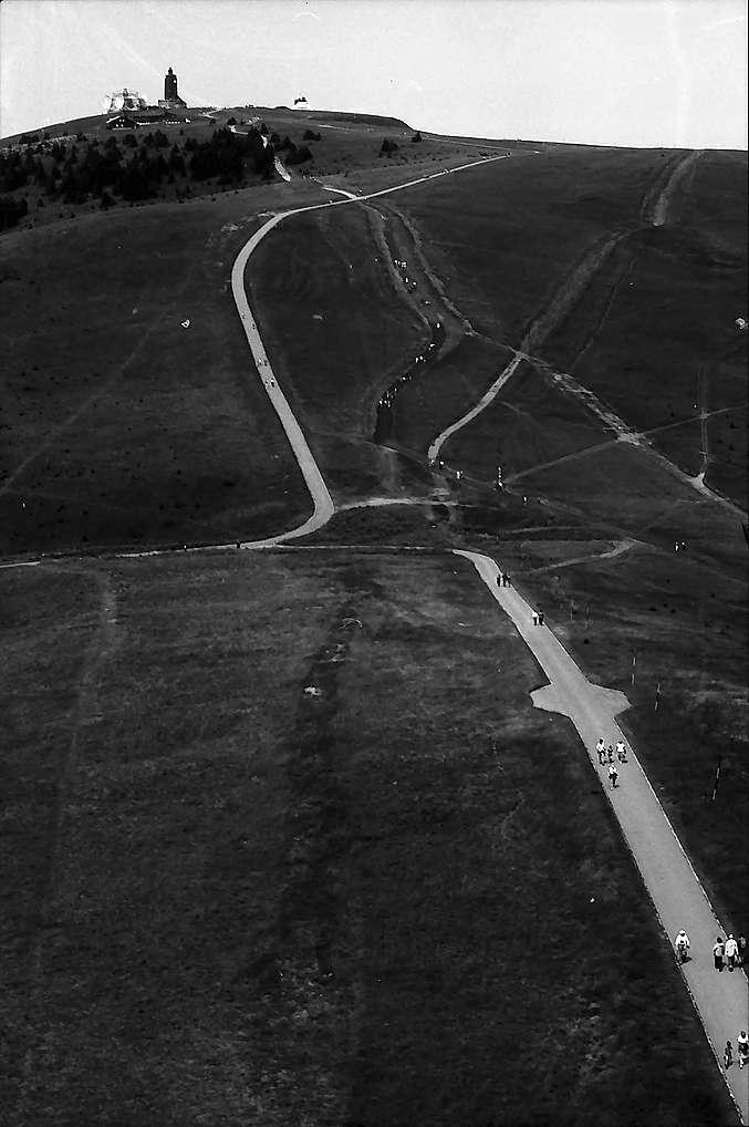 Wanderer zwischen Seebuck und Feldbergturm, Bild 1