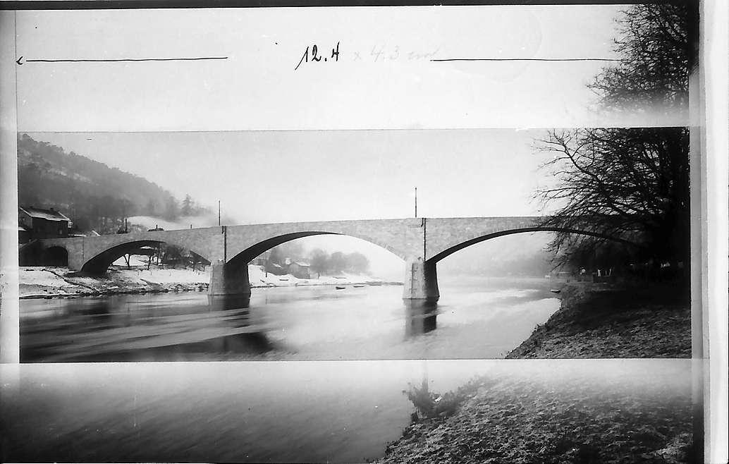 Seckenheim (?): Die Neckarbrücke, Bild 1