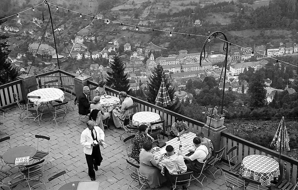 Bad Wildbad: Terrasse auf dem Sommerberg, Bild 1