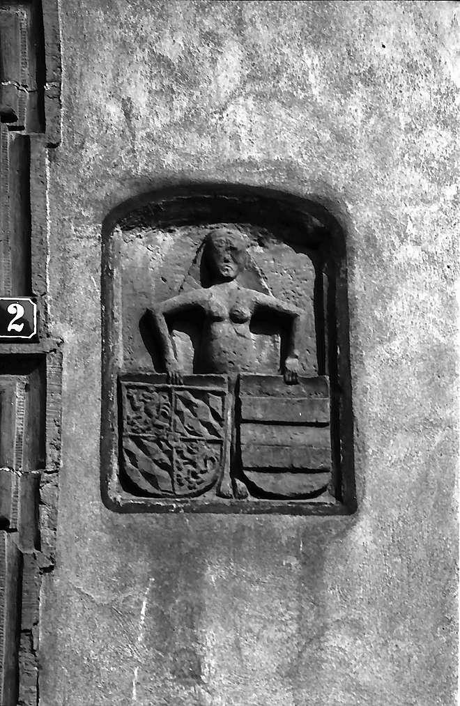 Eppingen: Das Wappen am Fachwerkhaus, Bild 1