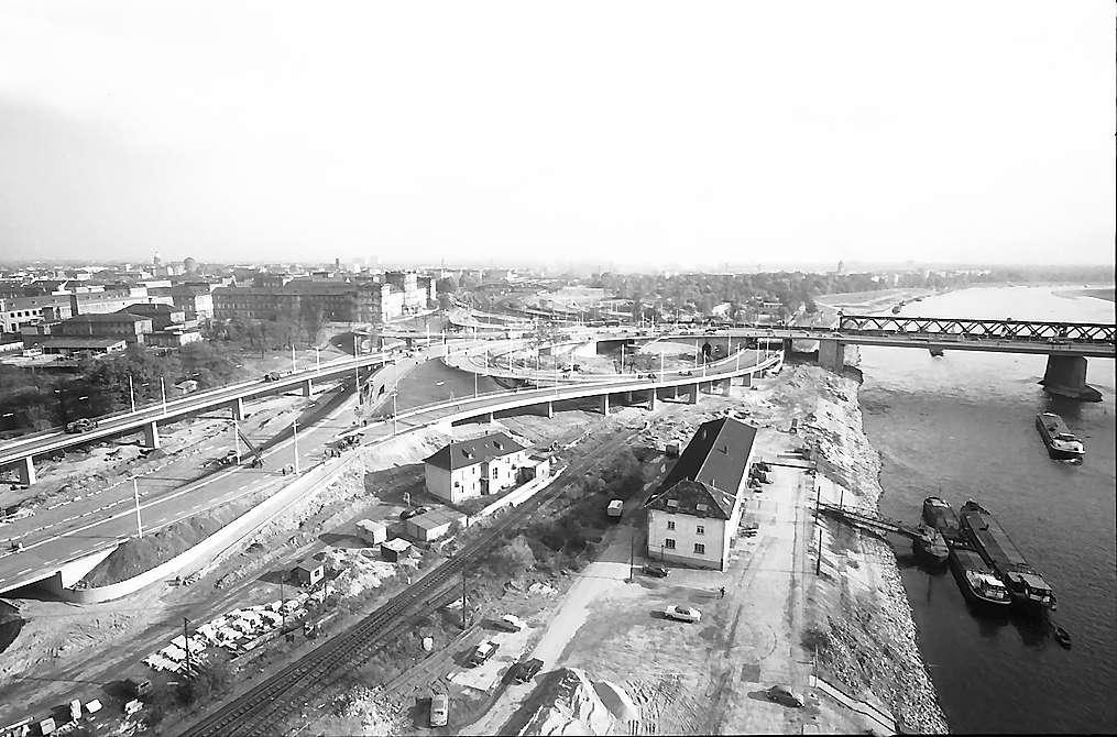 Mannheim: Das Panorama des Brückensystems, Bild 1