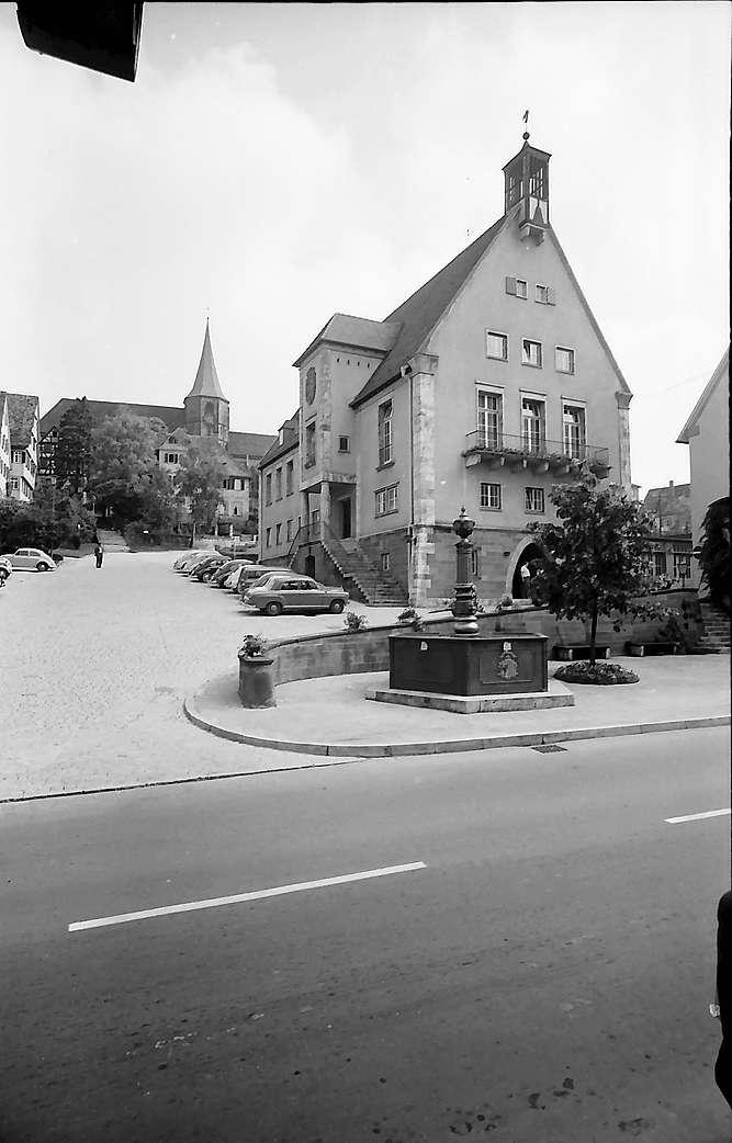 Weinsberg: Rathaus und Stadtkirche, Bild 1