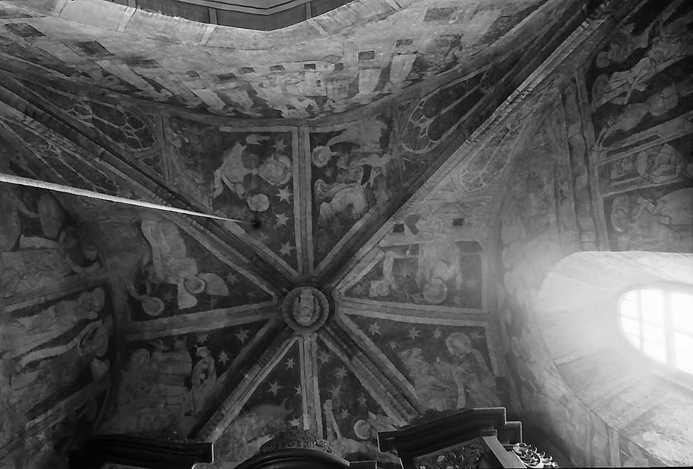 Bächlingen: Freigelegte Fresken in der Vierung der Kirche, Bild 1