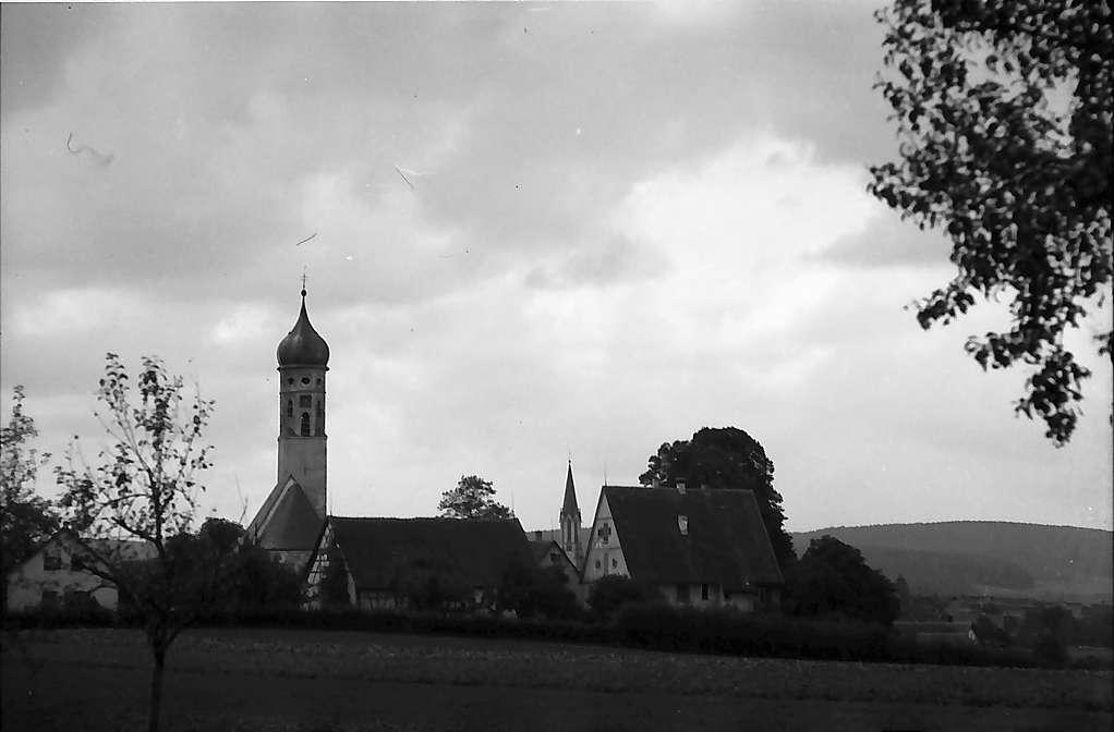 Langenslingen: Kirche und Ort, Bild 1