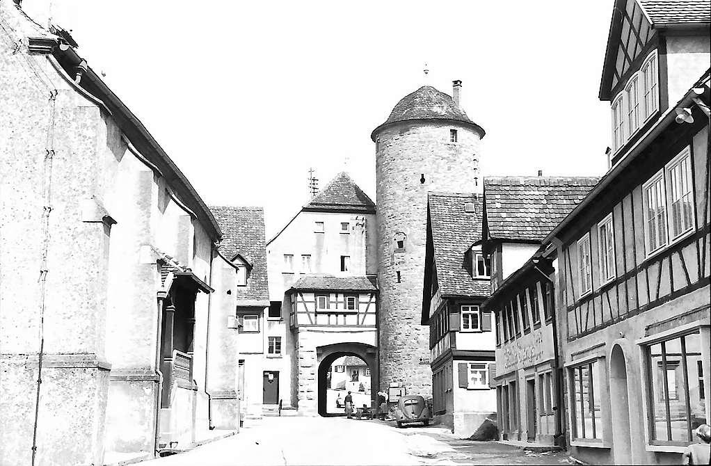 Langenburg: Stadttor von der Stadtseite, Bild 1