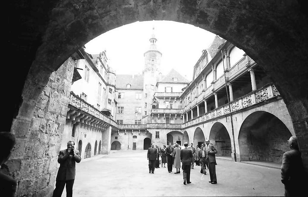 Langenburg: Hof des Schlosses, Bild 1