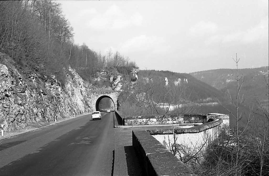 Drackenstein: Autobahn mit Drackensteiner Tunnel, Bild 1