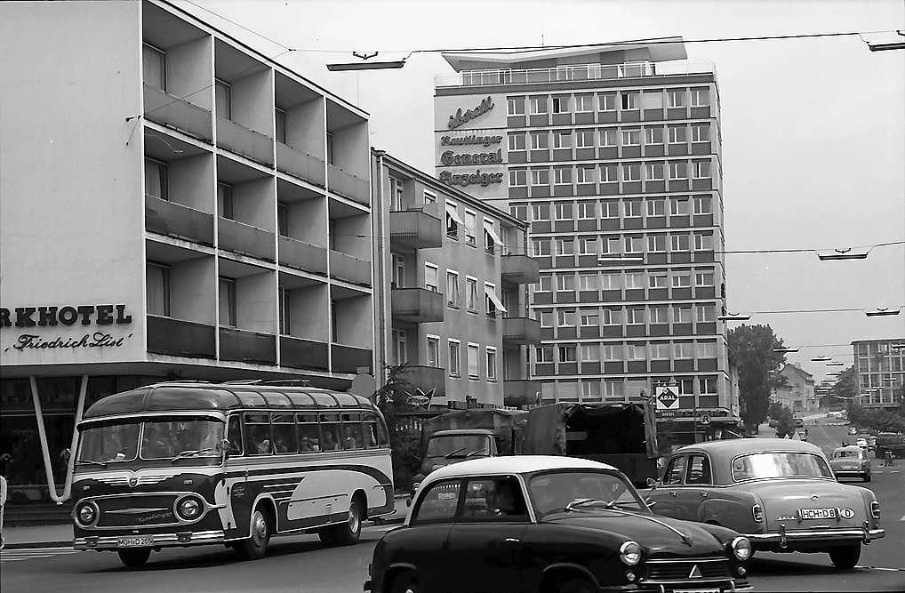 Reutlingen: Moderne Hochbauten, Bild 1