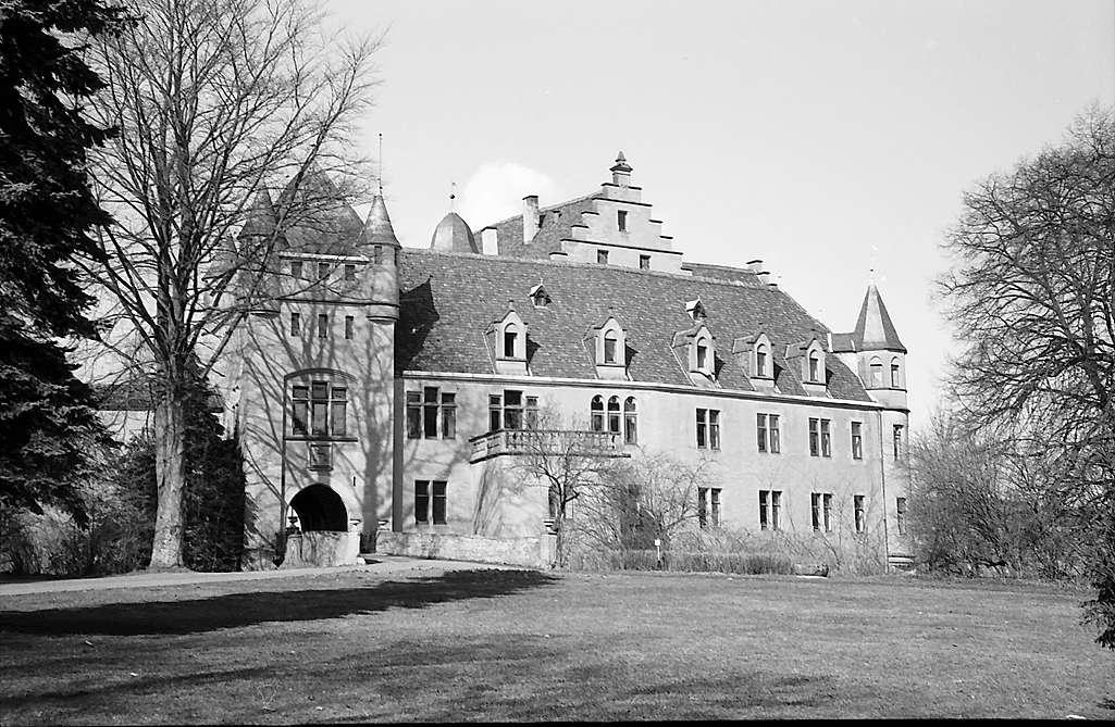 Jagsthausen: Burg, Bild 1