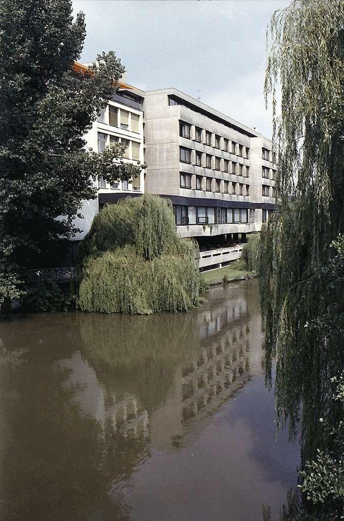 Heilbronn: Insel-Hotel mit Neckar von der Friedrich-Ebert-Brücke, Bild 1