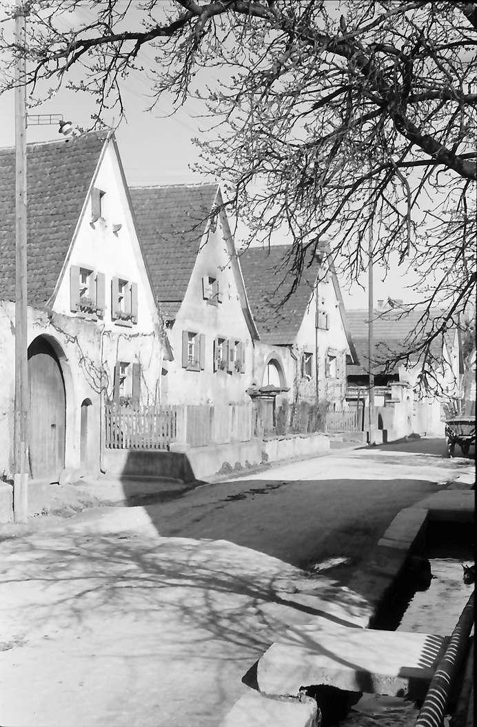 Nimburg: Dorfhäuser, Bild 1