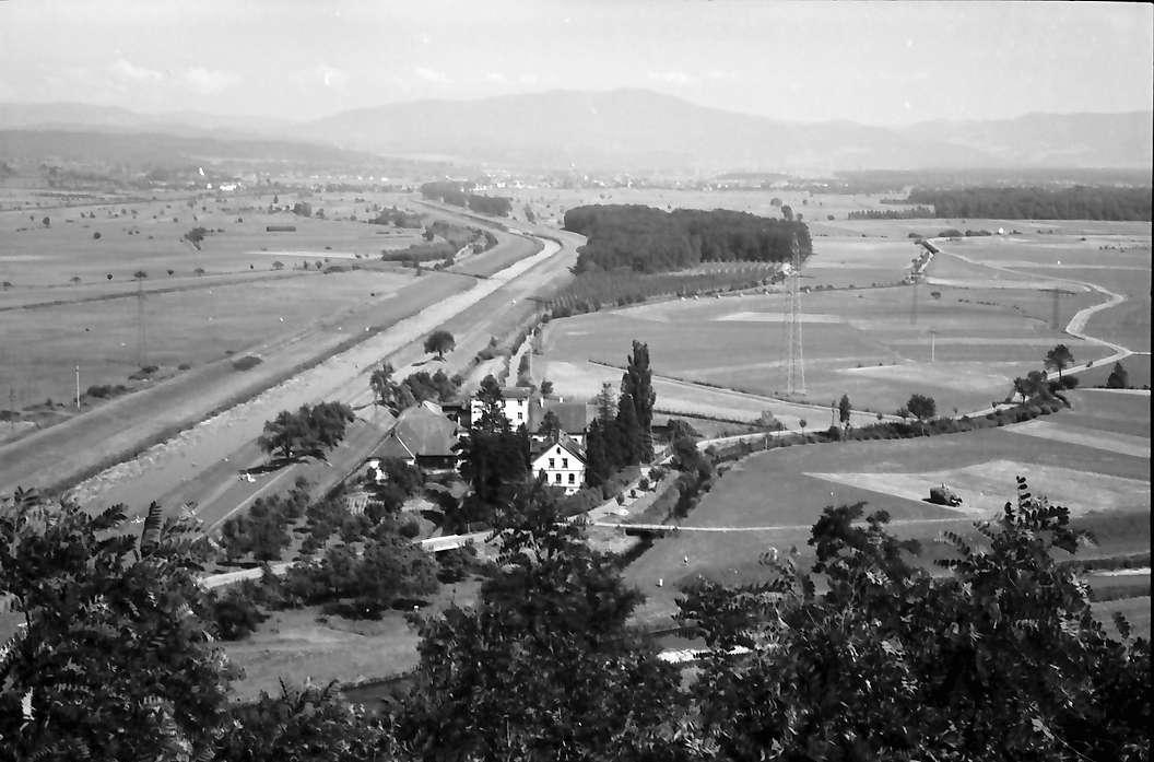 Riegel: Blick von der Michaels-Kapelle nach unten auf Elz, Bild 1