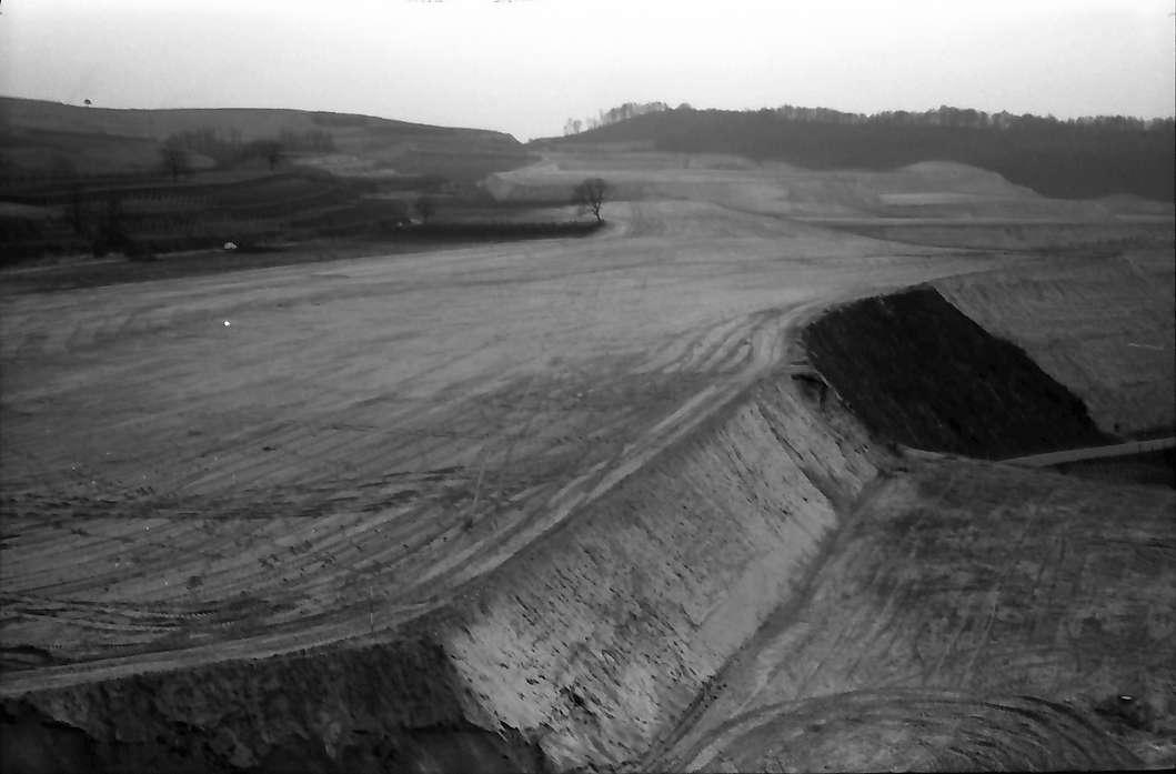 Bickensohl: Groß-Weinbergumlegung, Panorama bei Bickensohl, Bild 1
