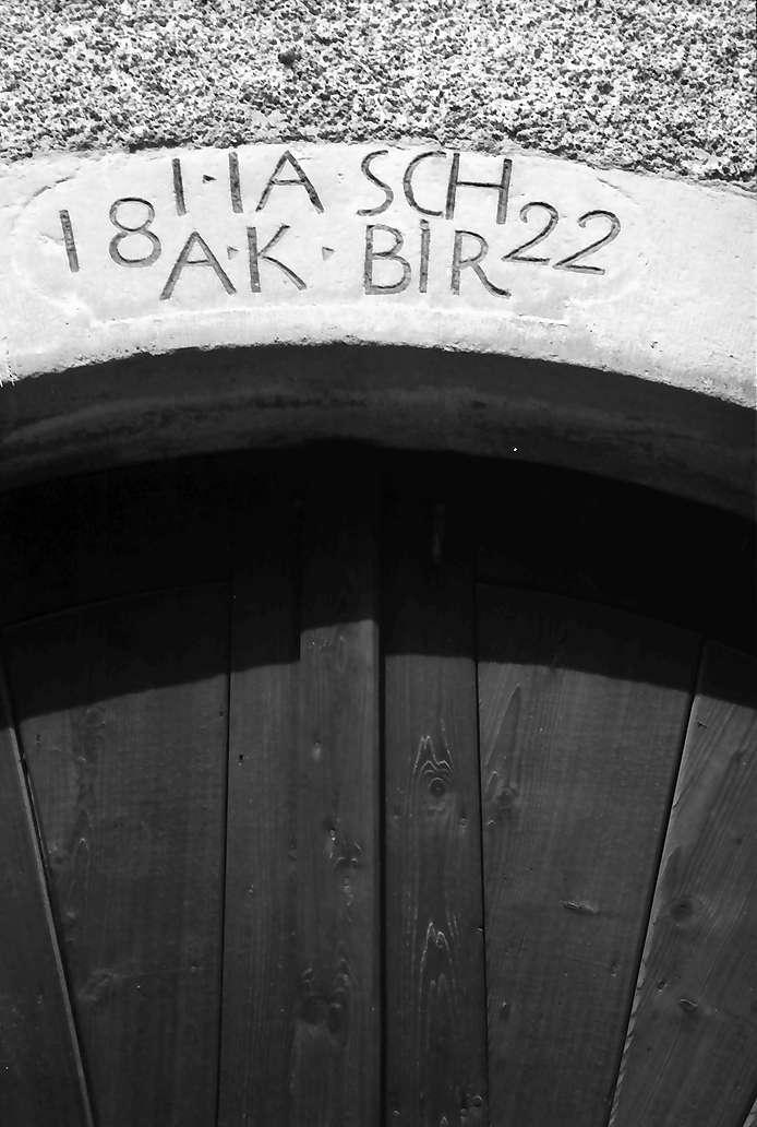 Bickensohl: Inschrift an einem Winzerhaus, Bild 1