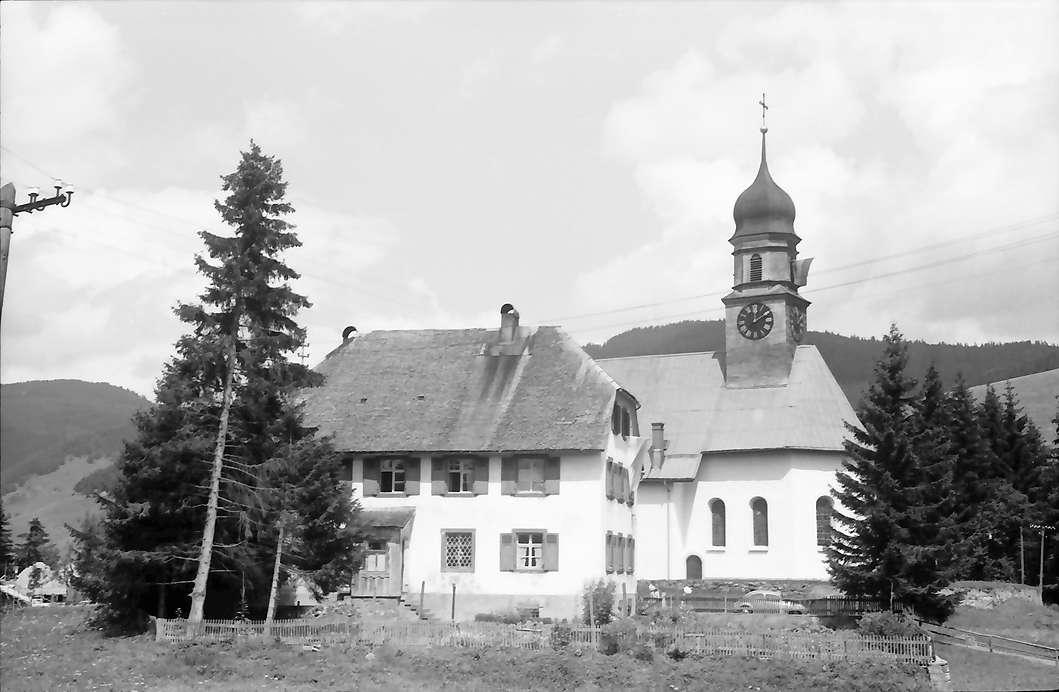 Bernau: Kirche in Bernau Dorf, Bild 1