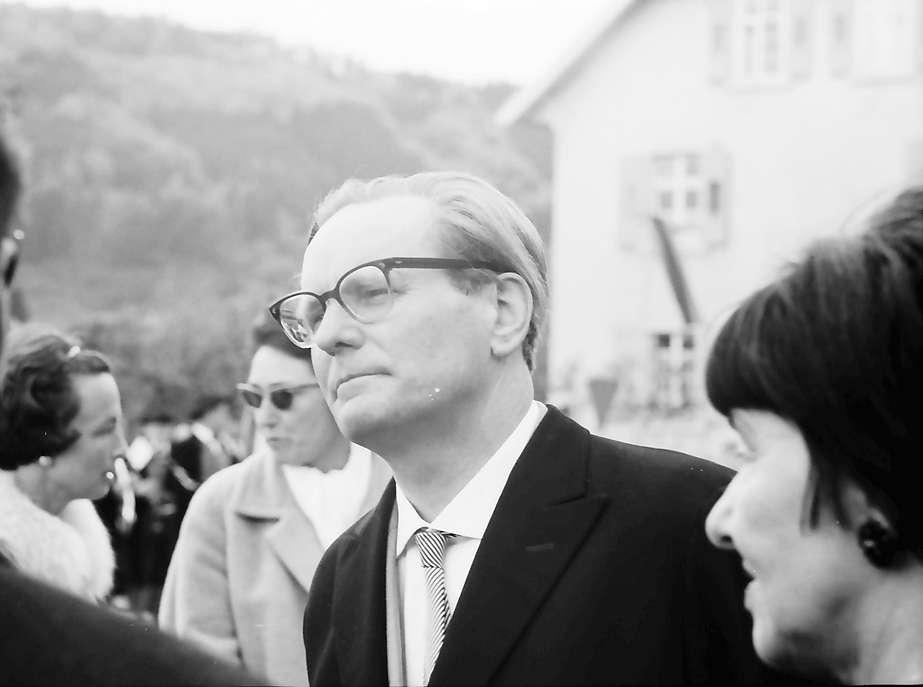 Hausen im Wiesental: Ehrengast Dr. Eberhard Meckel, Bild 1