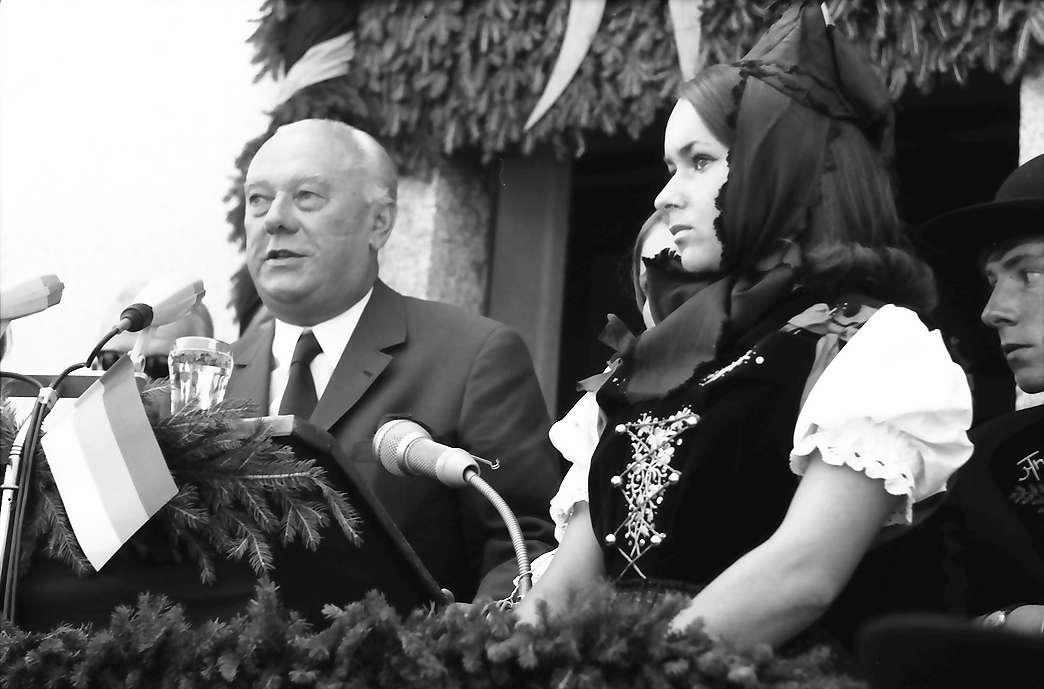 Bernau: Ansprache Senator Dr. Burda, Bild 1